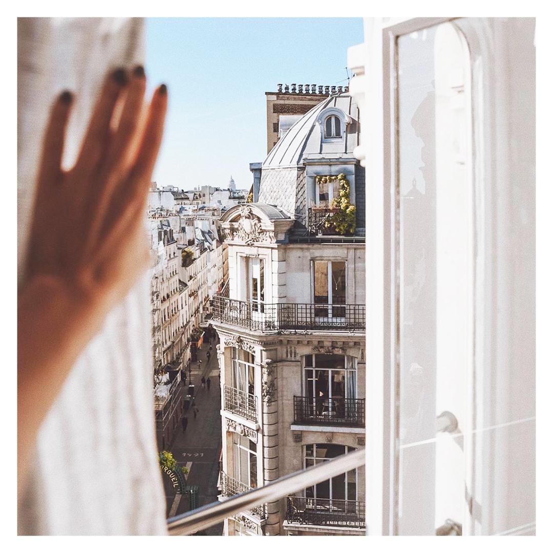 Parisview